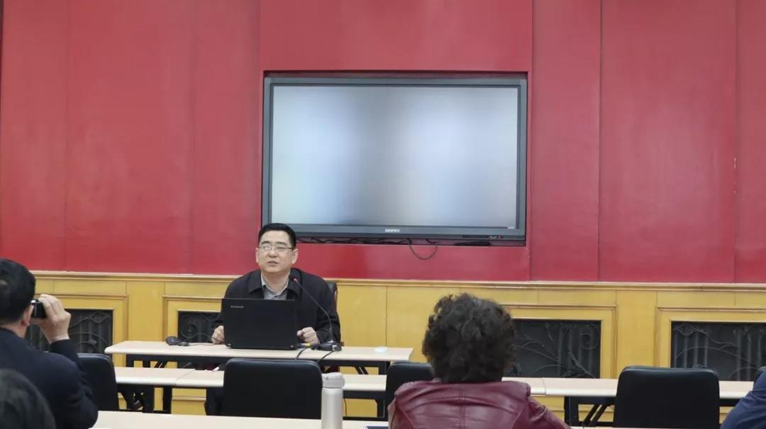 中国教诲国际交换协会代表团拜访威彩娱乐一中